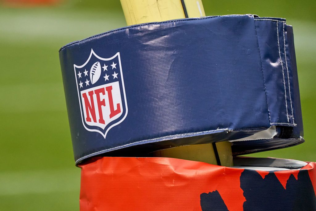 Nfl Games Today Tv Schedule Tv Channel Schedule For Week 17 Pfn