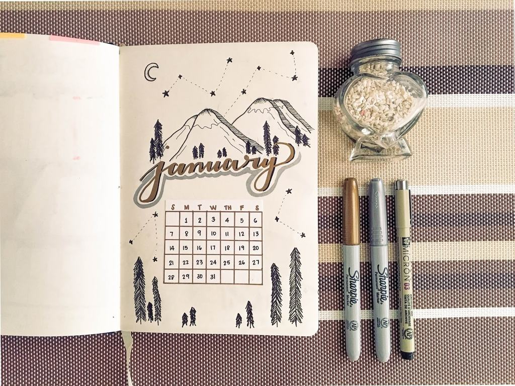 mountains and constellations | bullet journal monthly spread template | bullet journal weekly spread